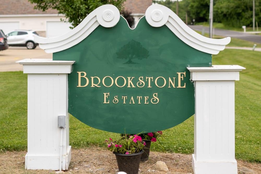 Emerald welcoming sign at Brookstone Estates of Vandalia in Vandalia, Illinois