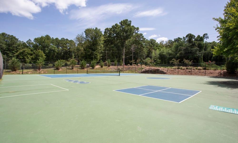 Tennis Court at The Greens at Cascade Apartment Homes in Atlanta, Georgia