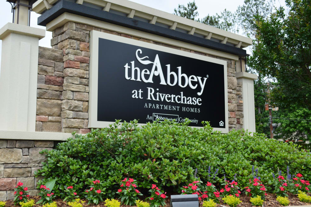 The Abbey at Riverchase sign in Hoover, AL