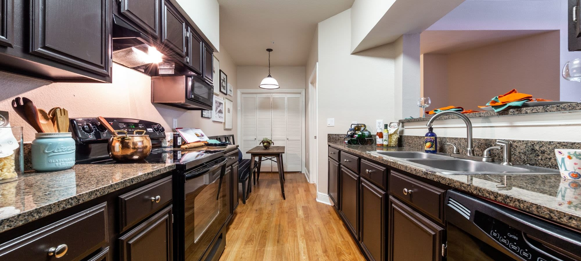 Schedule a tour of Marquis on Pin Oak in Houston, Texas