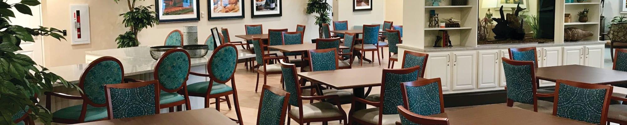 Dining at CERTUS Premier Memory Care Living in Mount Dora, Florida.