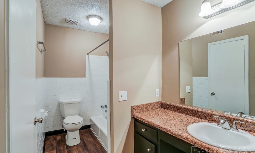 Modern bathroom at Parkview Flats in Murfreesboro, Tennessee