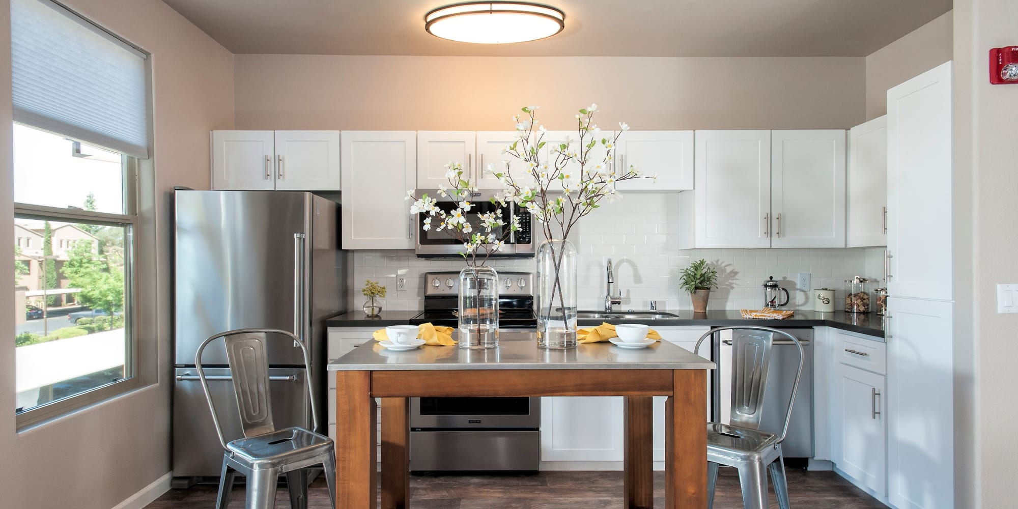 Roseville, California, apartments at Venu at Galleria Condominium Rentals