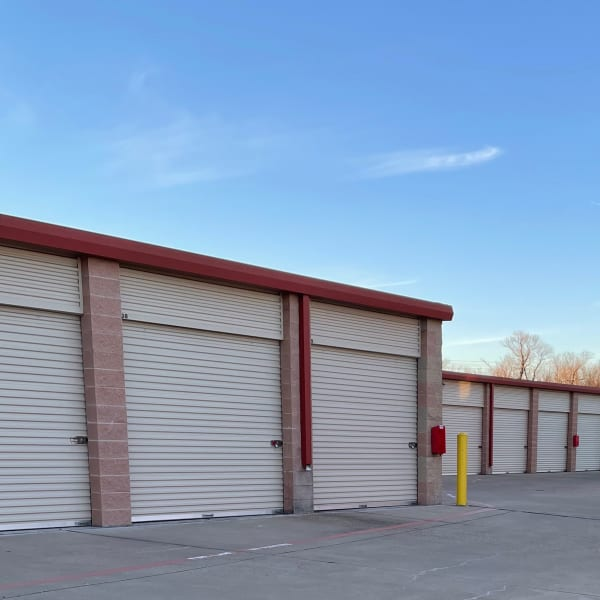 Exterior units of The Storage Place in Mesquite, Texas