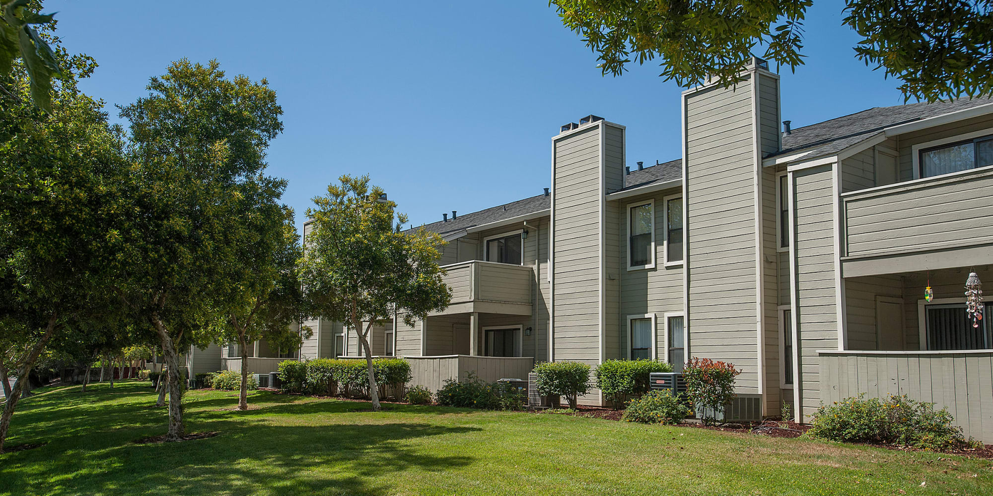 Vacaville, California, apartments at Sandpiper Village Apartment Homes