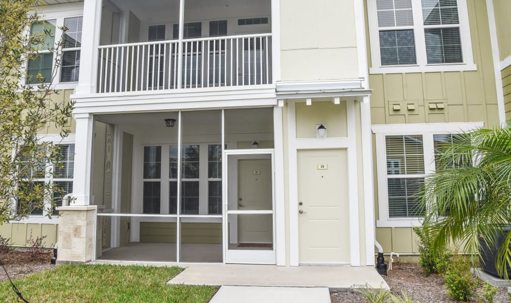 Private entry at Springs at Port Charlotte in Port Charlotte