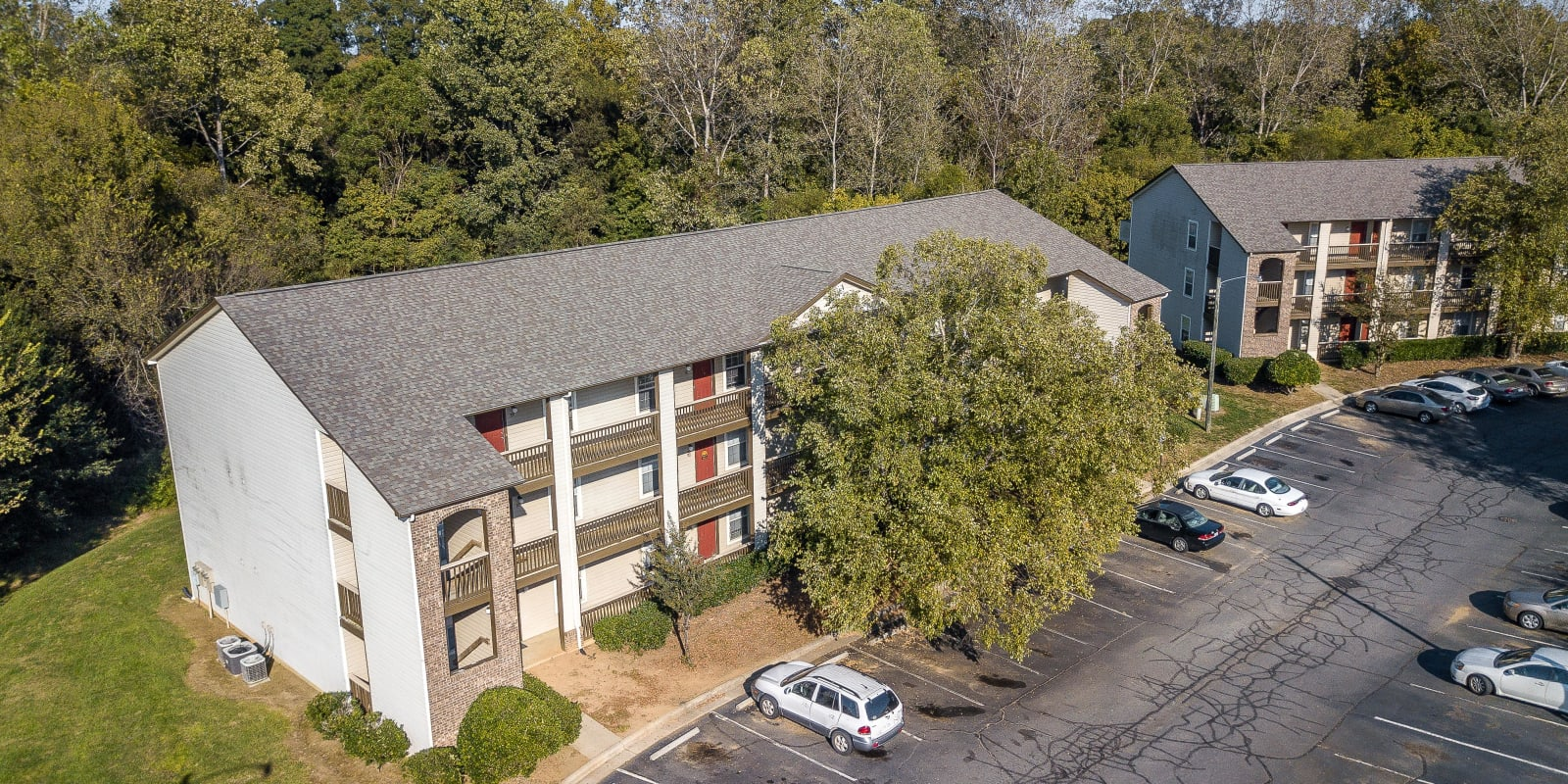 Exterior at Parkway Station Apartment Homes in Concord, North Carolina