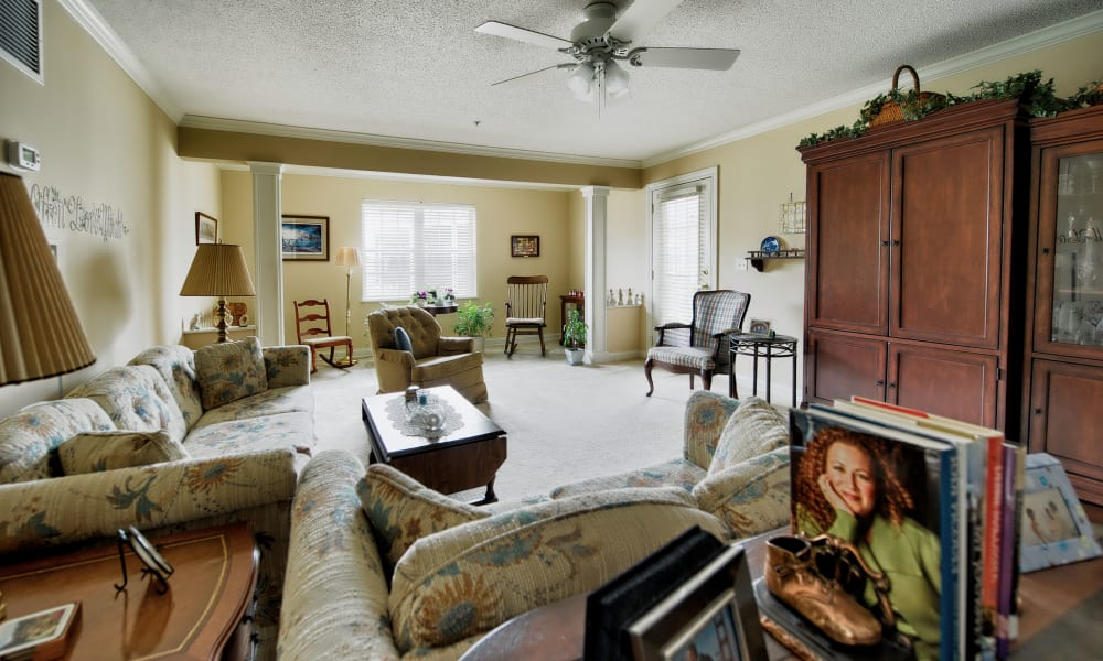 An inviting living room at The Keystones of Cedar Rapids in Cedar Rapids, Iowa