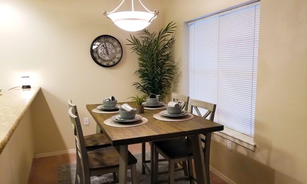 Dining Table at Evergreen Senior Living in Eugene, Oregon