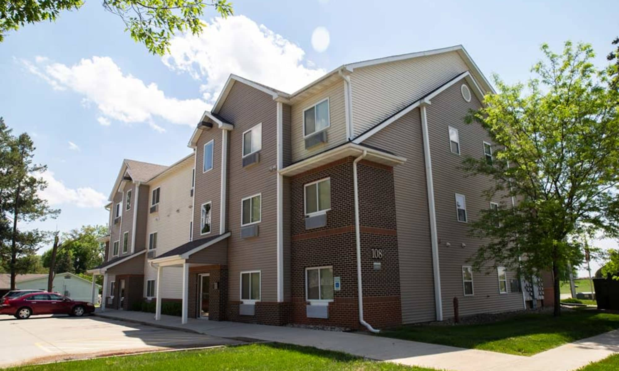 Crown Point Apartments in Ames, Iowa