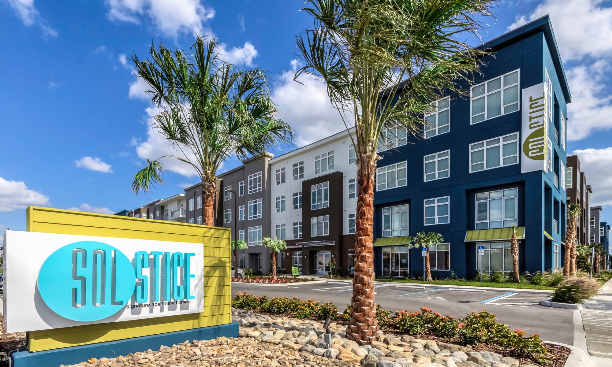 Luxury Apartments for Rent in Orlando, FL | Solstice