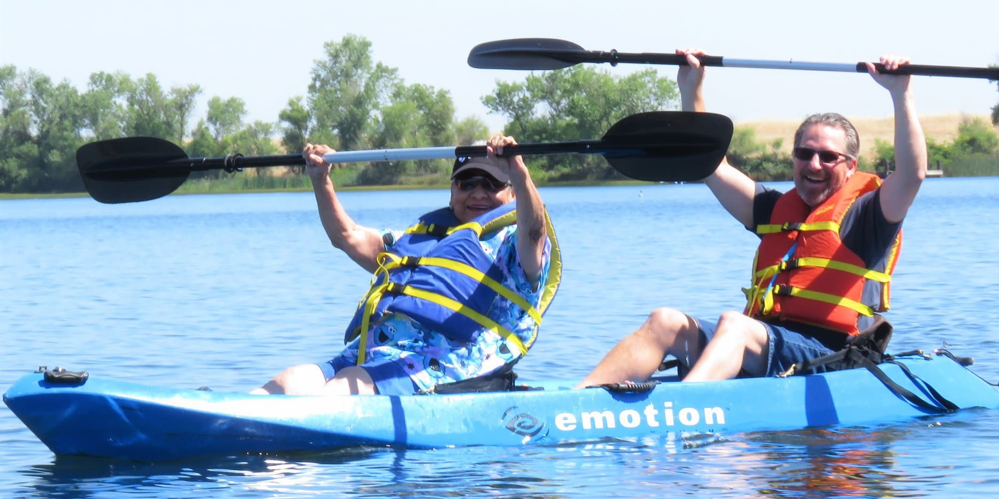 Two residents from Springwood Landing Gracious Retirement Living in Vancouver, Washington kayaking