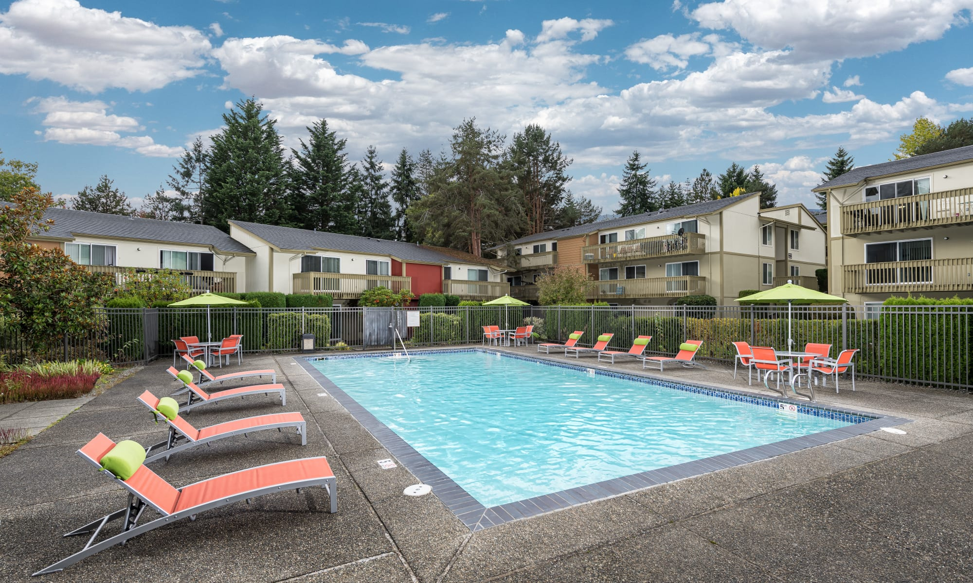 Edgewood Park Apartments in Bellevue, Washington