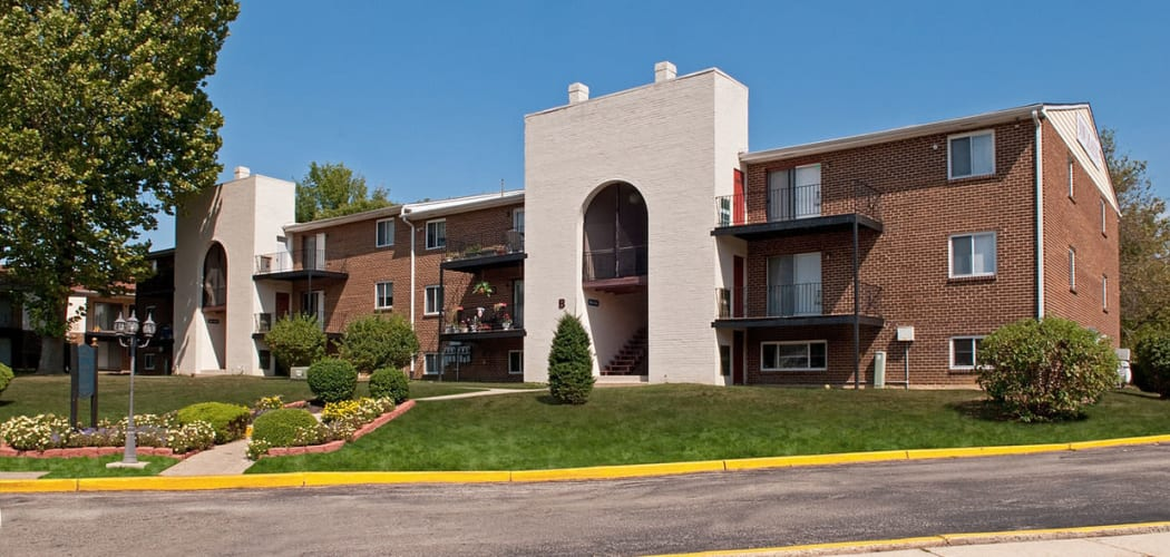 Exterior view of the Chadwick Village Apartments community in Lindenwold, New Jersey