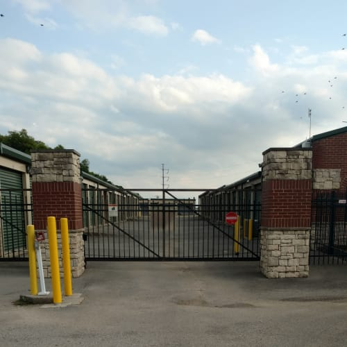 Entrance gate at Red Dot Storage in Gallatin, Tennessee