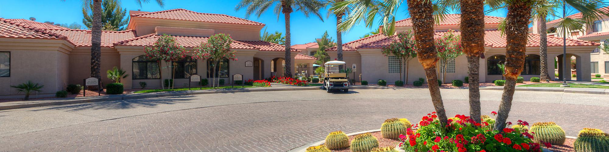 Virtual tour of San Lagos in Glendale, Arizona