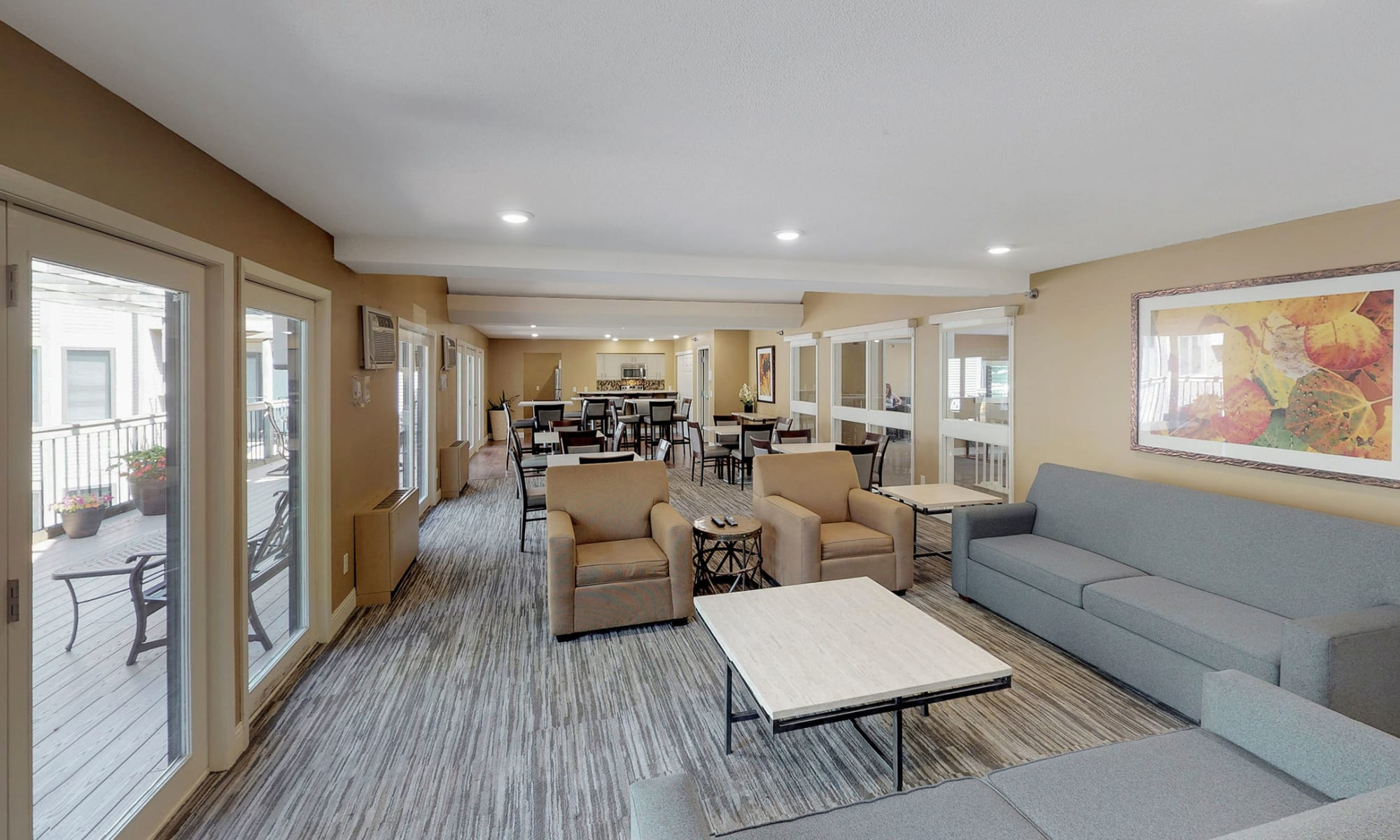 Apartments in Edina, Minnesota at Vernon Oaks
