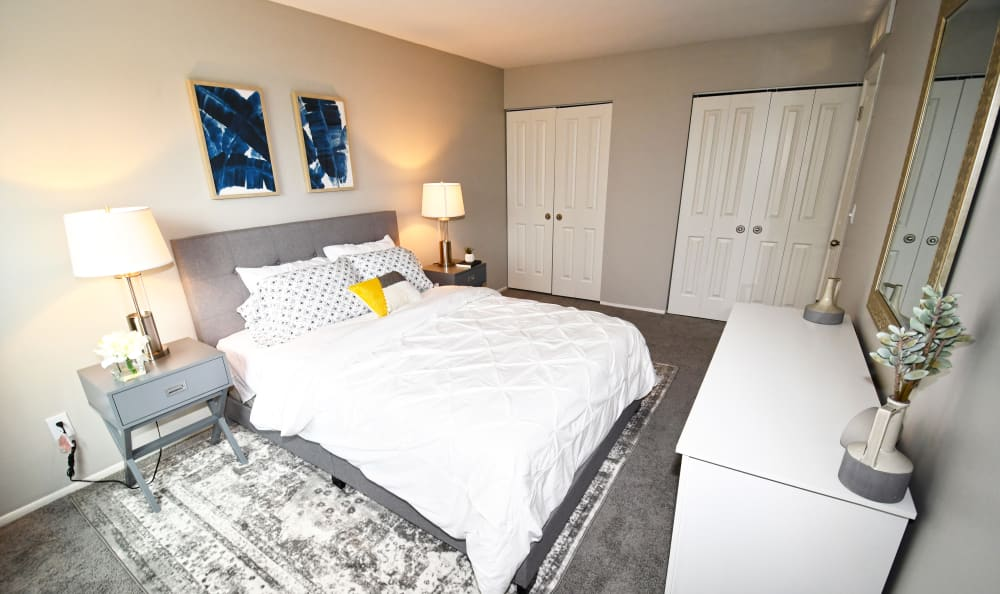 An example bedroom at Spice Tree Apartments in Ann Arbor, MI
