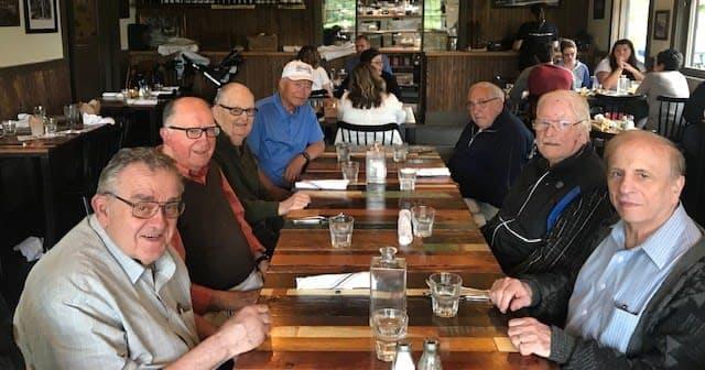 Kirkland residents at Hollywood Tavern