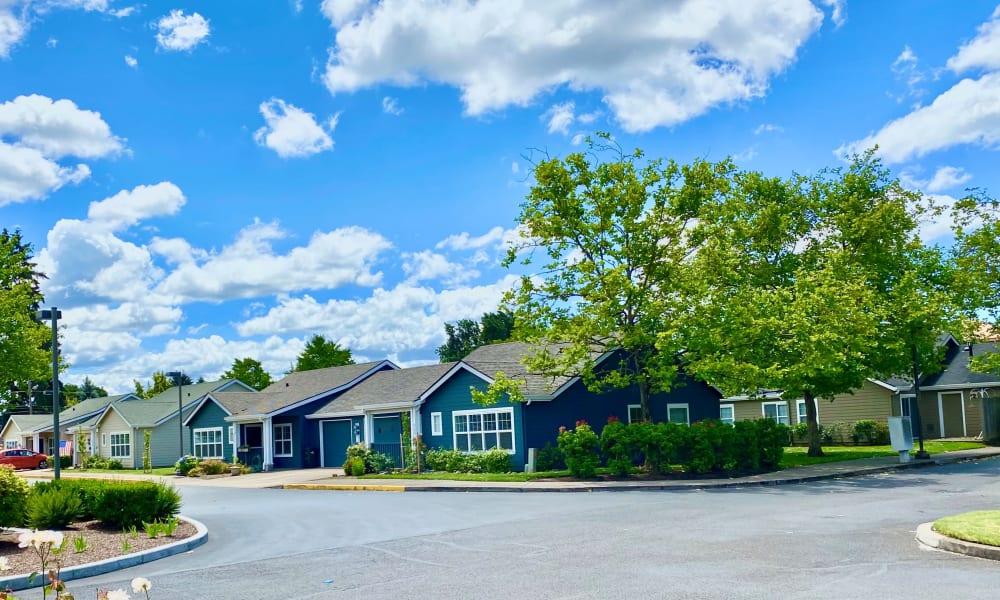 Exterior View at Evergreen Senior Living in Eugene, Oregon