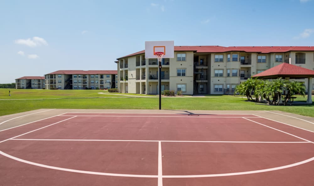 Tenniscourt at Apartments in Corpus Christi, Texas
