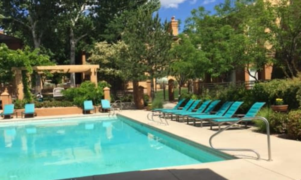 Broadstone Heights offers a swimming pool in Albuquerque, New Mexico