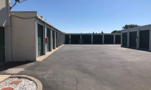 Storage Star Vacaville in Vacaville, California exterior units