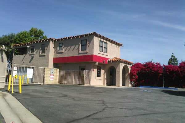 Self storage building entrance in Camarillo