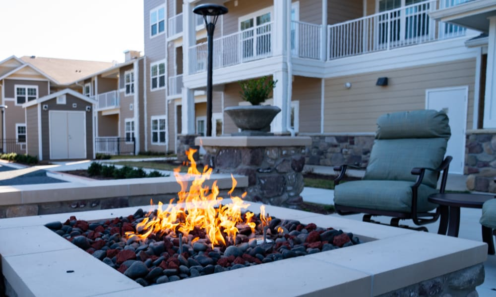 Outdoor common area at Wilshire Estates Gracious Retirement Living in Silver Spring, Maryland
