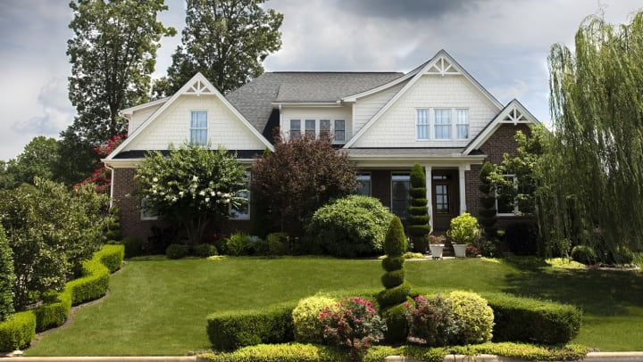a home that takes advantage of outdoor home improvements