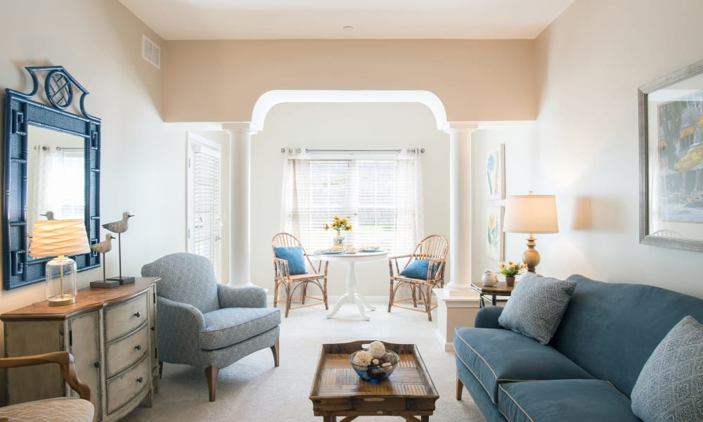 An inviting apartment living room at Keystone Place at Wooster Heights in Danbury, Connecticut