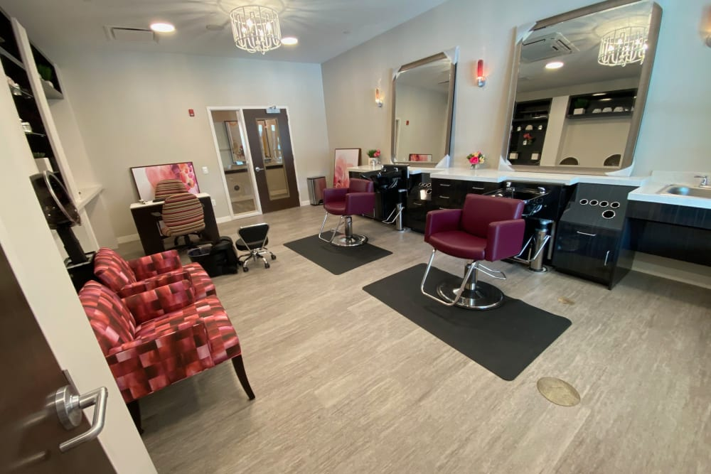 Salon at Aspired Living of La Grange