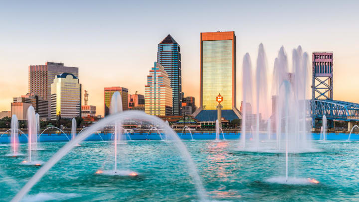 View of downtown Jacksonville with a fountain in the foreground