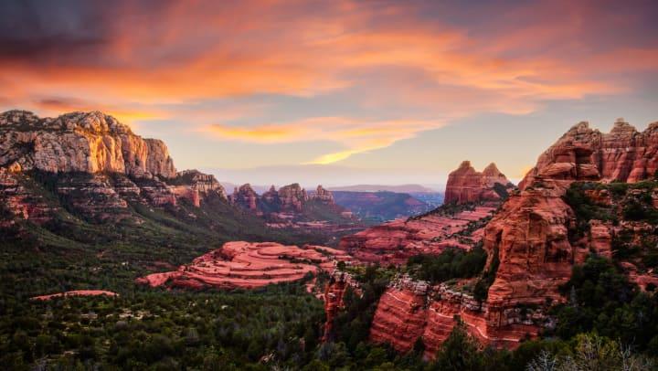 Red sandstone formations in Sedona, Arizona