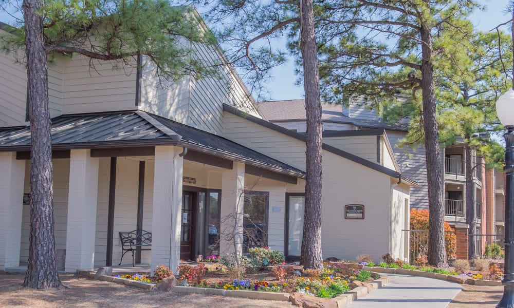 Exterior of Woodscape Apartments's clubhouse in Oklahoma City, Oklahoma