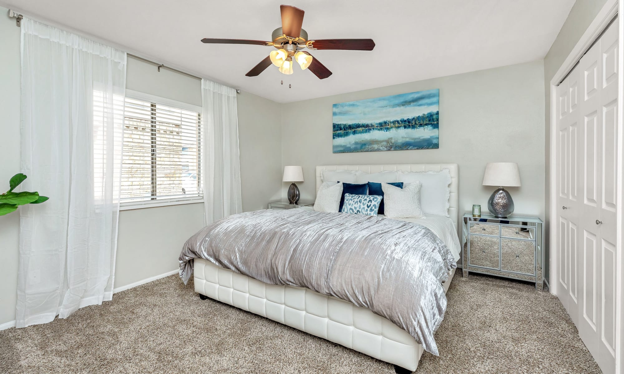 Apartments for rent at Barringer Square in Webster, Texas