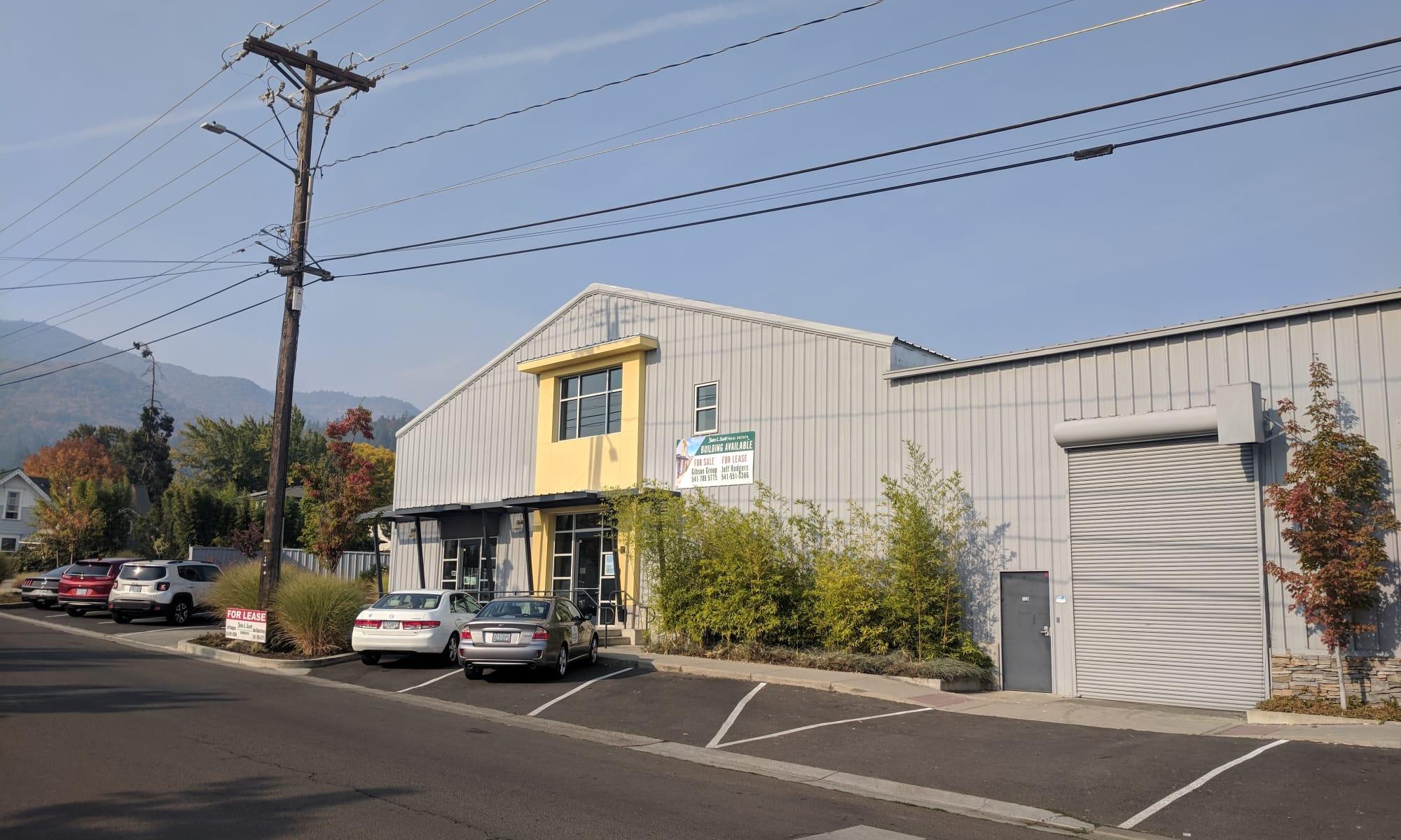 255 Helman St in Ashland, Oregon