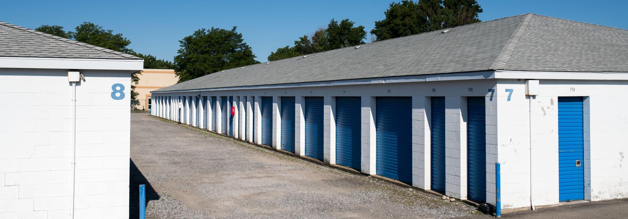 Storage units at Apple Self Storage - Niagara Falls - Kent