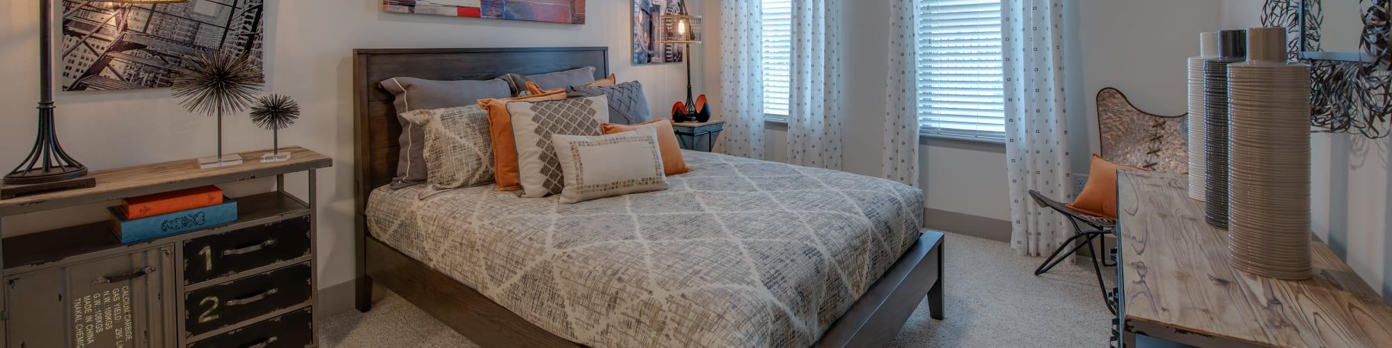 Apartments at Bellrock Upper North in Haltom City, Texas