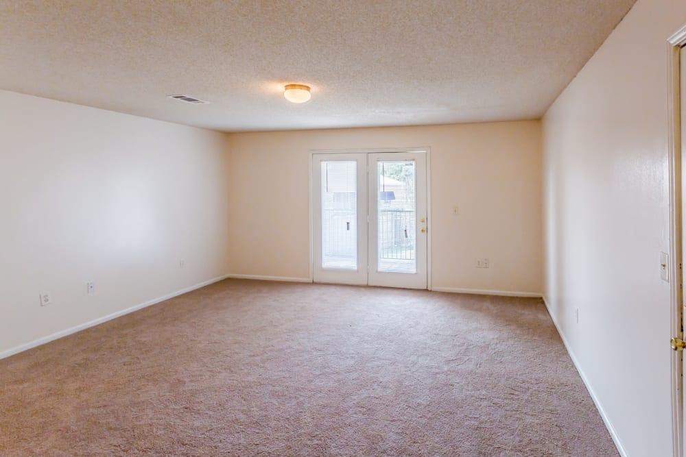 Naturally lit living room at The Retreat at Sherwood