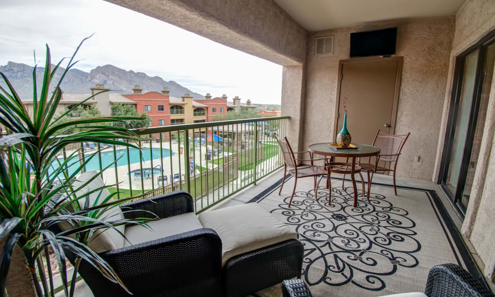 Private balcony at Oro Vista Apartments home in Oro Valley, Arizona