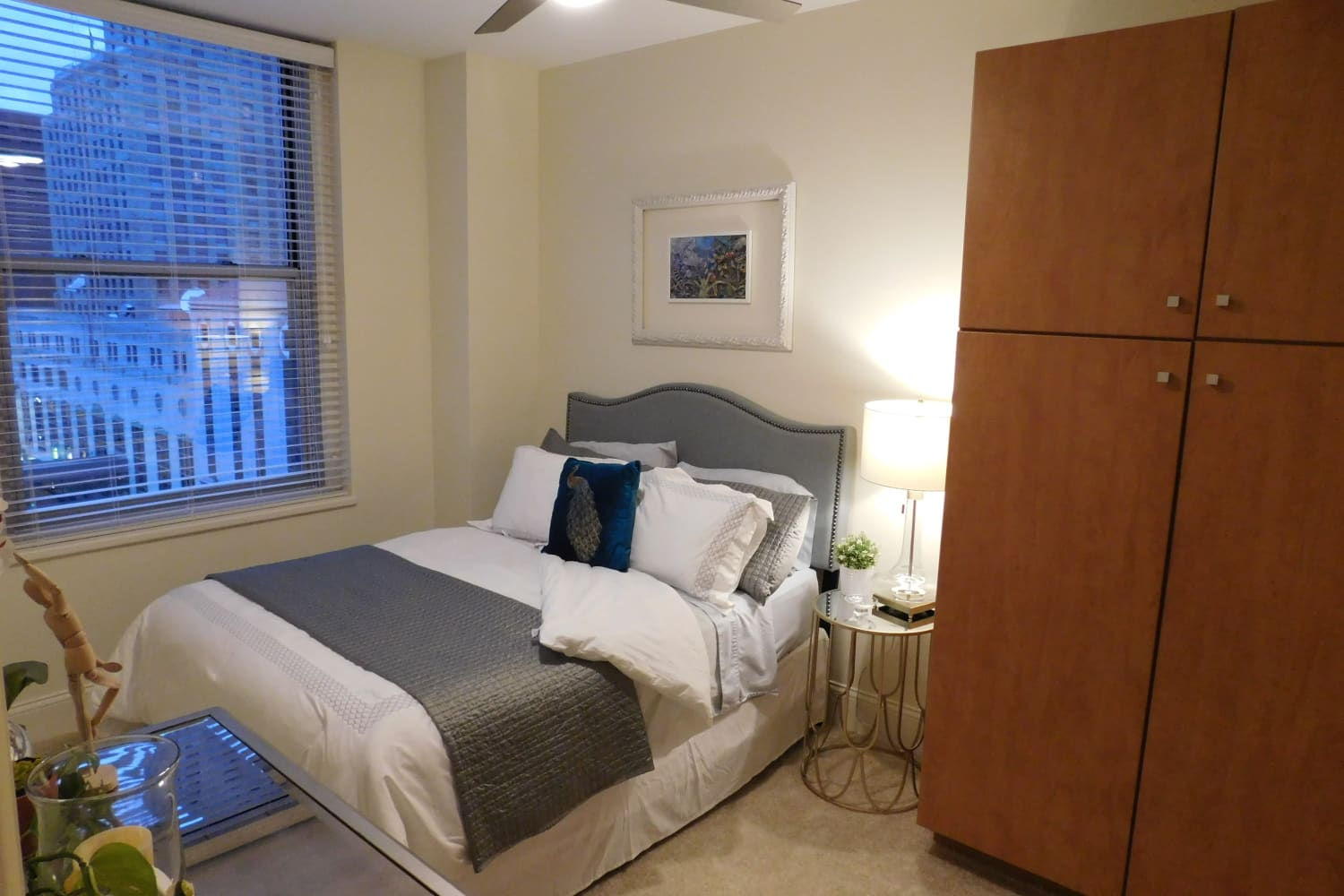 Guest bedroom at The Reserve at 4th and Race in Cincinnati