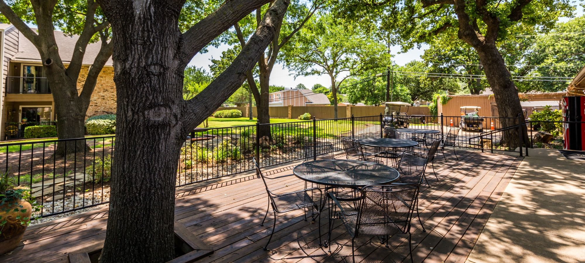 Pet policy at The Park at Flower Mound in Flower Mound, Texas