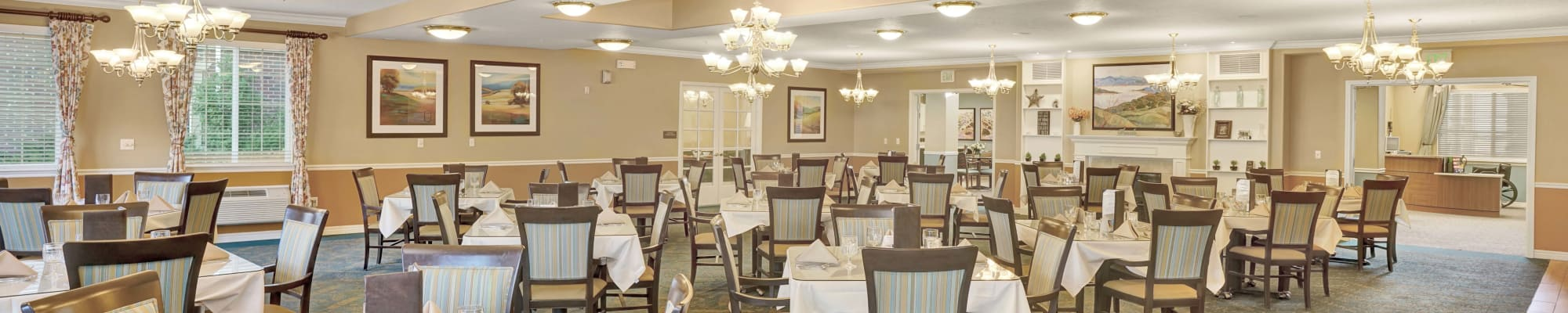 Dining experience at The Charleston at Cedar Hills in Cedar Hills, Utah