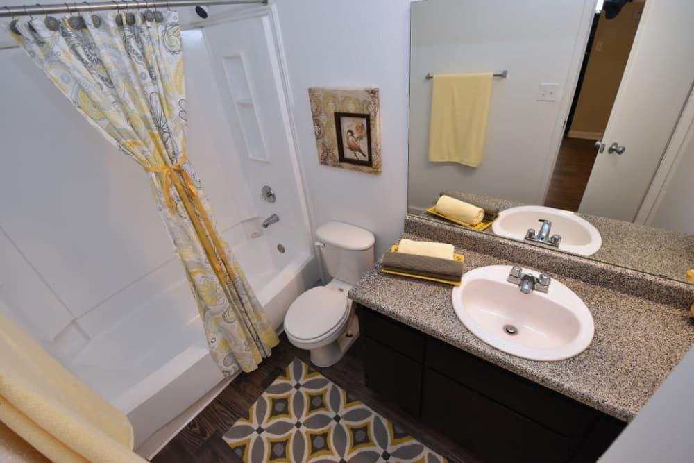 Bathtub at Green Meadows Apartments