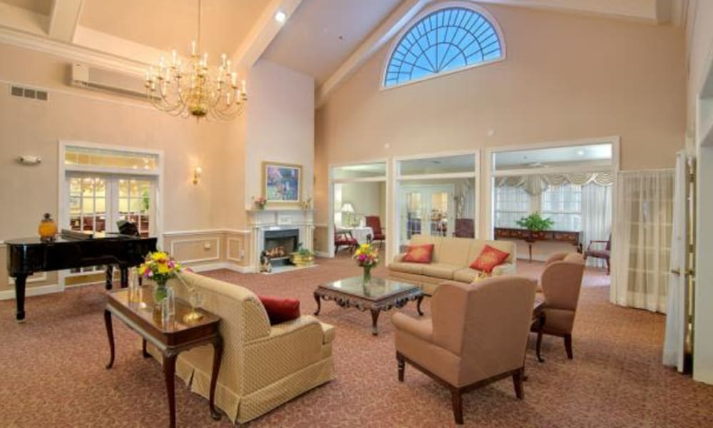 Seating in the lobby at Chancellor's Village in Fredericksburg, Virginia