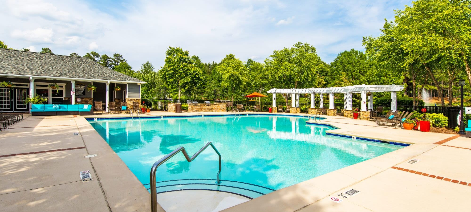 Schedule a tour of Marquis on Cary Parkway in Morrisville, North Carolina
