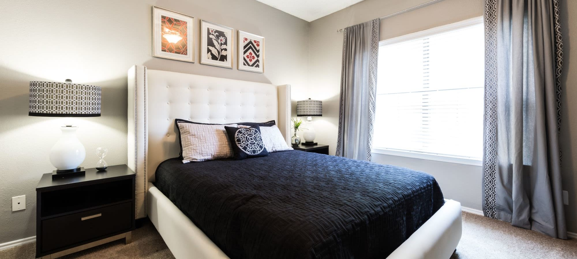 Apply to live at Marquis at Legacy in Plano, Texas