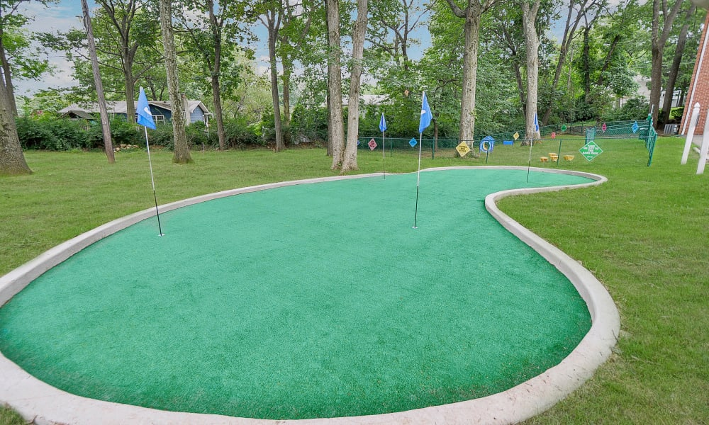 Mt. Arlington Gardens Apartment Homes offers a mini golf course in Mt. Arlington, NJ