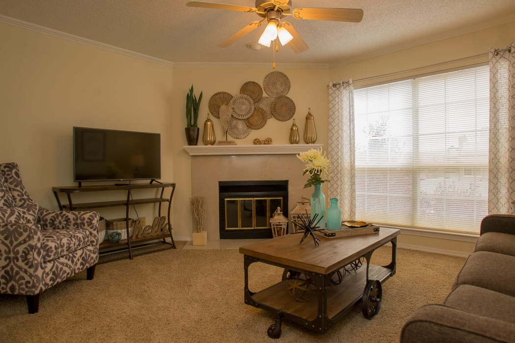 Wonderful living room at Creekwood Apartments in Tulsa, Oklahoma
